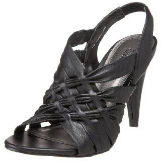 Kenneth Cole REACTION Womens Know Mistake T Strap Sandal