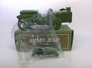 "Avon Collectibles ""Army Jeep"" Wild Country After Shave 4 FL oz Vintage NIB"