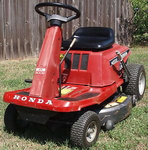 "Honda HT R3009 9 HP Honda 30"" Cut Lawn Tractor Riding Mower"