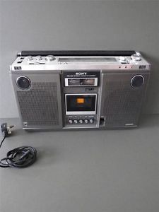 Vintage Sony CF 570L 2 Way Speaker Radio Tape Player Boombox Ghettoblaster