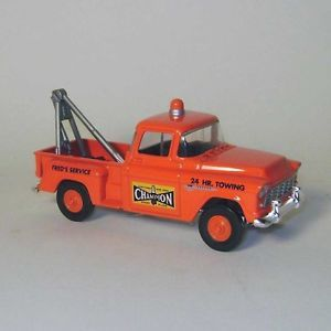 Matchbox Die Cast Champion 1955 Chevrolet Tow Truck 1 43