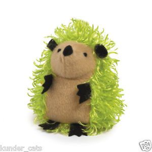 Grriggles Green Super Sprout Plush Squeaker Fetch Small Dog Toy