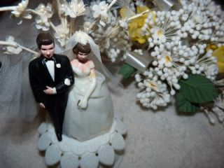 Vintage 1960's Wilton Cake Topper Bride Groom Tulle Dress Veil Nice