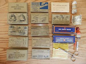 US Vintage WWII Military First Aid Medical Kit Bandages Dressings
