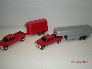 1 64 Ertl GMC Pick Up Truck with Horse Trailers Lot