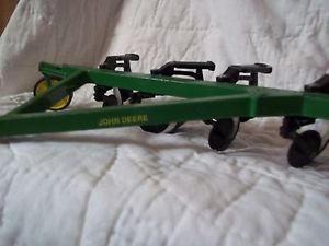 Ertl John Deere 6 Bottom Toy Plow Moveable Parts