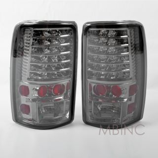 00 06 GMC Yukon Tahoe Suburban Rear Bumper Tail Light Lamp Chrome Red Smoke