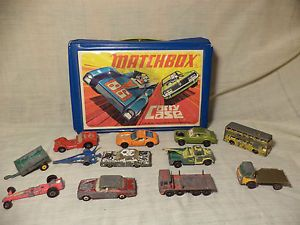 Vintage Antique Matchbox Lesney 12 Collector Cars Bus Trucks Trailers Carry Case