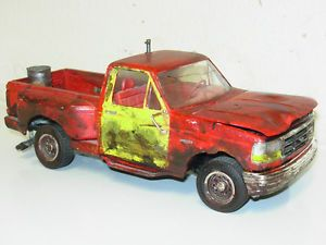 1990's Ford F150 Truck 1 24 1 25 Stepside Model Kit Junkyard Patina Junker Parts