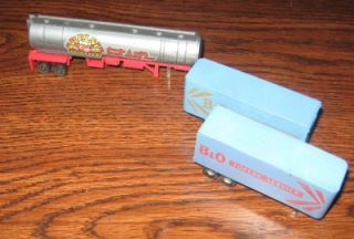 HO Scale Semi Truck Trailer Tanker Model Train Accessories