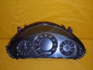 06 Mercedes E Class E350 Speedometer Instrument Cluster Dash Panel 100 692