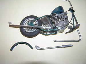 Revell La Street Chopper Parts Junk Yard 1 8 Scale Harley Davidson Very RARE