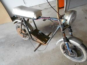 Vintage Fox Minibike Rolling Chassis for Parts or Repair Mini Bike Used
