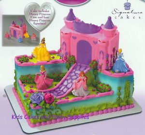 "Disney Princess ""Carrying Case Castle Cake Kit"" Topper"