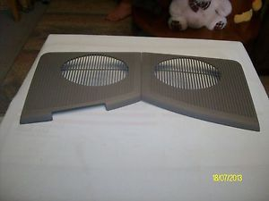 88 94 Chevy GMC Silverado Sierra Trucks Suburbon Tahoe Dash Speaker Covers