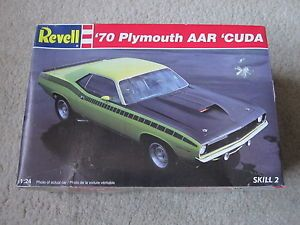 1970 Plymouth AAR Barracuda Cuda Muscle Car Plastic Model Car Kit Hot Rod