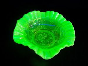"Fenton Vaseline Glass Green 10"" Bowl"