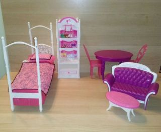 Barbie Dollhouse Furniture Lot Doll House Bed Table Chairs Wardrobe Closet 2008