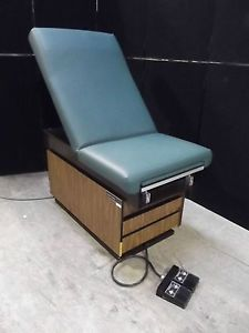 MIDMARK Ritter 105 Electric Powered Medical Exam Table Chair Green Nice AH