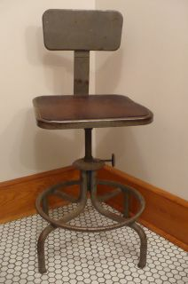 Vtg Industrial Age Steampunk Metal Wood Drafting Bar Kitchen Stool Swivel Chair