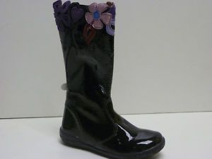 Gorgeous Girls Naturino Black Patent Leather Boots with Flowers on Top
