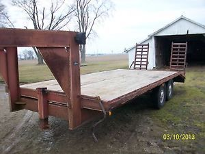 1994 Gooseneck Flatbed Equipment Trailer
