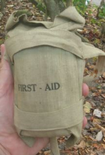 WW2 US Army Airborne Paratrooper Helmet First Aid Kit