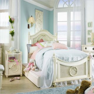 Lea Emma's Treasures Kids Wood Poster Bed 3 Piece Bedroom Set in Vintage White   606 POSTB PKG