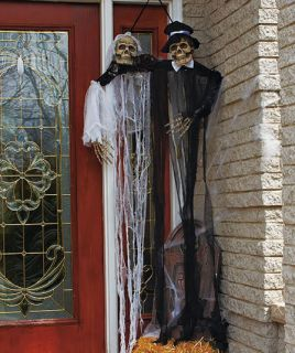 Spooky Bride Groom Hanging Skeleton Corpse Outdoor Halloween Ghoul Yard Prop