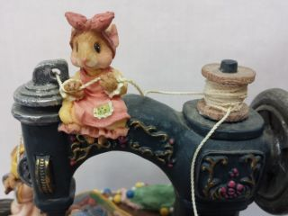 Mice Music Box Vintage Sewing Machine Mouse Animated