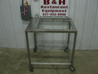 "27"" x 32"" Stainless Steel Equipment Griddle Stand Table"
