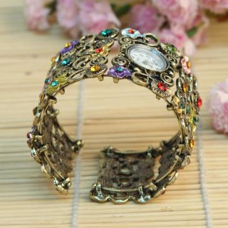 Fashion Lady Women Girl Crystal Vintage Bangle Bracelet Quartz Wrist Watch Gifts