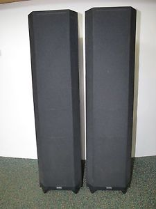 Boston Acoustics VR20 Floor Standing Black Tower Speakers Sound Great Pair VR 20
