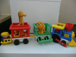 Fisher Price Little People Vintage 1991 Train Engine Set 2373 Circus Toy Kids