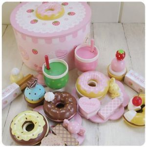 Mother Garden Strawberry Donut Party Kids Pretend Play House Kitchen Wooden Toys