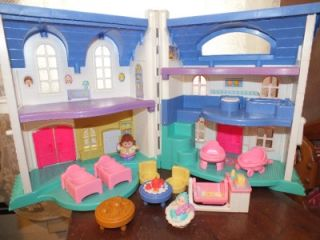 Fisher Price Little People Dollhouse with Blue Roof Baby Tables Chairs Beds
