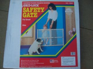 Wood Safety Gate Children Pet Lock Home Office Door Dog
