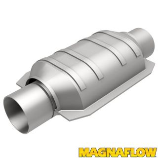 "Magnaflow 91006 Universal High Flow Catalytic Converter Oval 2 5"" 2 5 in Out"