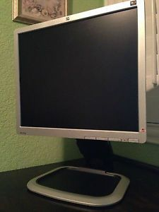 HP L1950G 19 inch Flat Panel LCD Monitor 5ms 1280x1024 DVI VGA USB Height Rotate