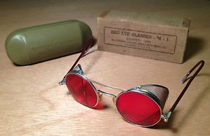 Vintage WWII Red Eye Glasses Safety Goggles Aviation Motorcycle Steampunk M1