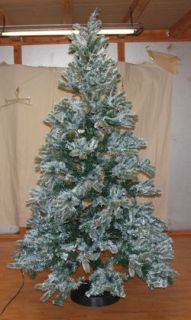 New Christmas Tree Pre Lit Frosted Pine Mountain King 7 5 Clear Lights Snow