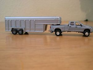 Custom 1 64 Dodge Dually with Horse Trailer DCP Ertl