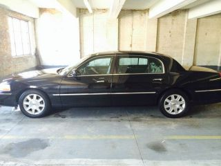 Lincoln Town Car Extended Door