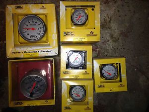Auto Meter Ultra Light Pro Comp Gauges
