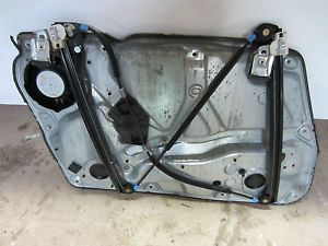 1999 2000 Volkswagen Passat 1 8T B5 Right Front Window Regulator w Speaker