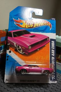 Hot Wheels Magenta '70 Plymouth AAR Cuda Diecast Car Street Beasts Series 3 10