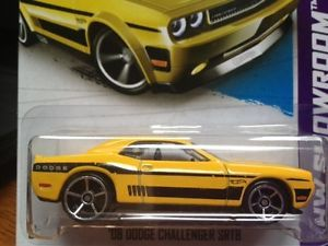 2013 Hot Wheels HW Showroom '08 Dodge Challenger SRT8