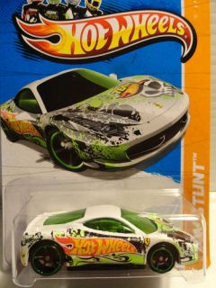 Hot Wheels Ferrari 458 Challenge Diecast Team HW Stunt Drift Race Series 81 250