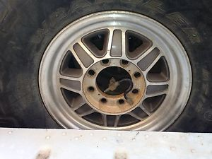 Hummer H1 Wheel Tire Package with Run Flats Hutchinson 17""