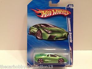 Hot Wheels 2010 HW Garage Lamborghini Reventon Green Diecast Model Car
